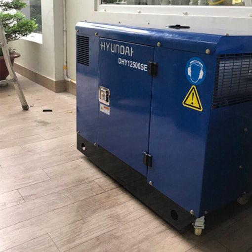 Máy phát điện 10kw chạy dầu 1pha. Hyundai DHY12500SE-t4